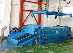 龙岩斜压分体式垃圾压缩设备(行吊式)