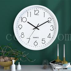 简约客厅钟表