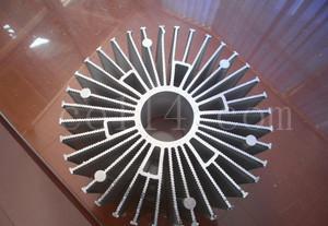 散熱器工業鋁合金型材