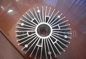 散热器工业铝合金型材