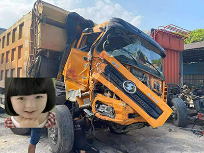 汽车严重车头破碎维修(漳州)