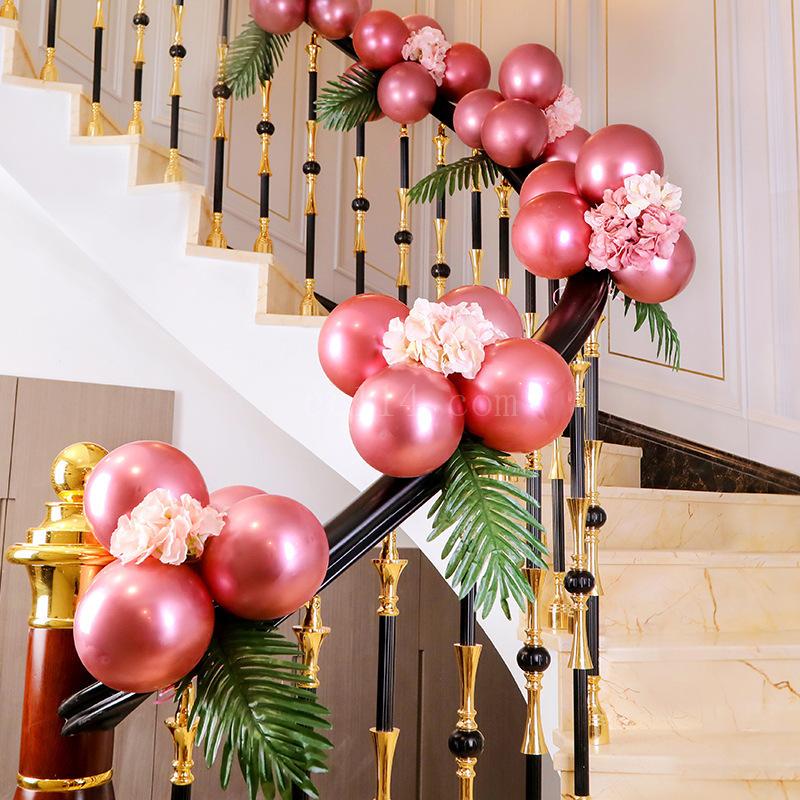 楼梯扶手装饰