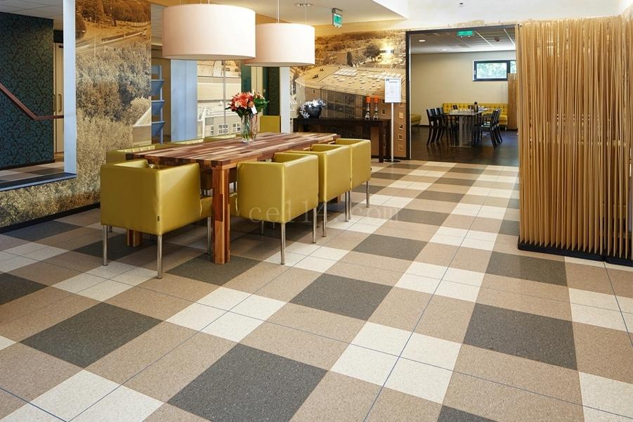 餐廳塑膠地板