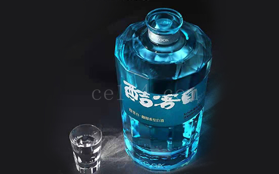酷客白52 度_龙岩白酒品牌代理商