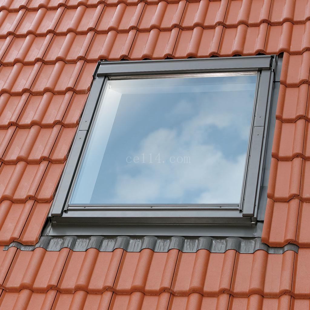 福州斜屋顶开天窗