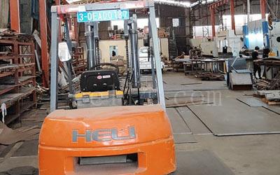 工厂设备 3.5吨叉车,5吨行车