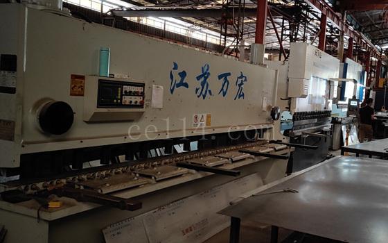 工厂设备  切板折弯机