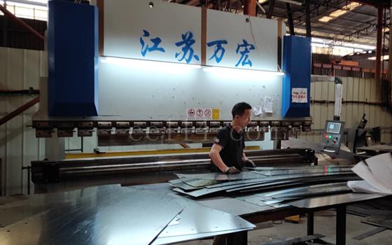 工厂设备 250吨折弯机