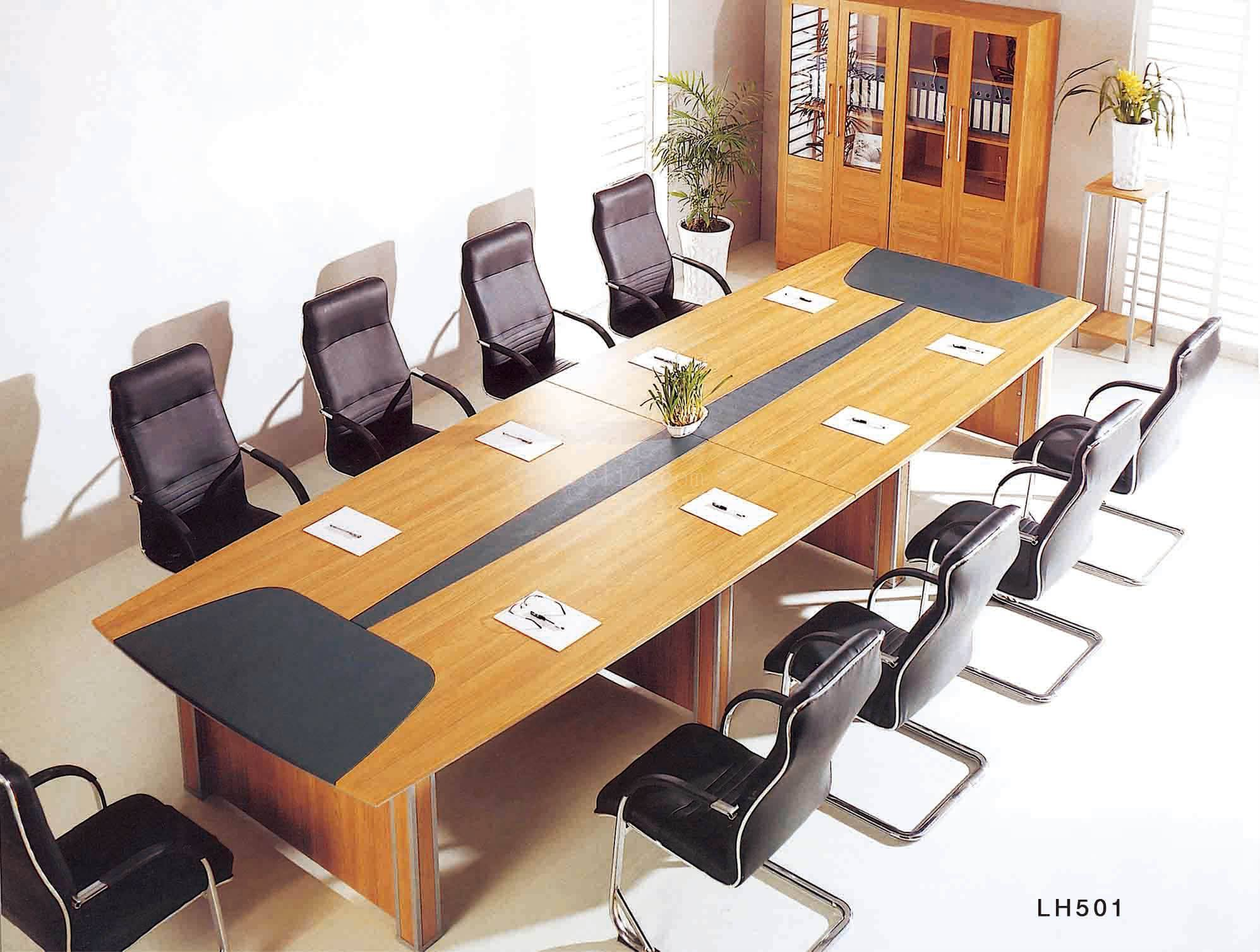 同样是办公家具,就因为没这样保养,使用寿命缩短十年!