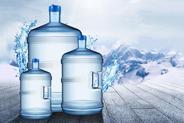 桶装水怎么买?老板坦白:这种水我都不敢喝!