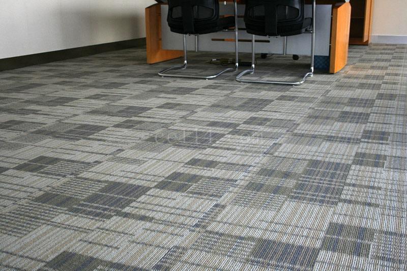 龙岩地毯多久可以清洁一次?清洗地毯的3个误区