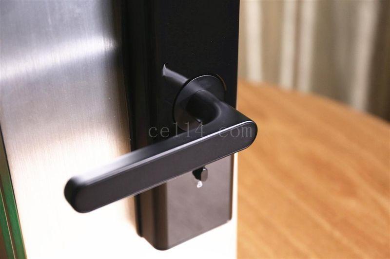 怎么选择智能门锁?看完这几点,不担心找不到好用的智能门锁!