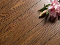 如何挑选地板的质量?一款错过会让人后悔的地板!