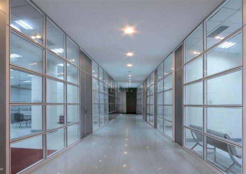 酒店浴室的透明隔断用处有哪些?